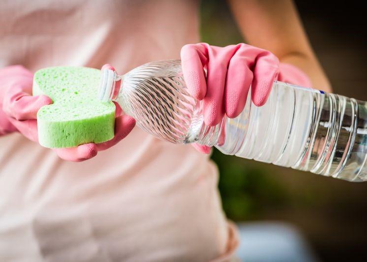 Aceto nelle pulizie: ecco quello che dobbiamo sapere prima di usarlo